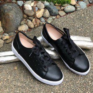 Vionic Black Leather Orthaheel Sneakers Size 6 NEW